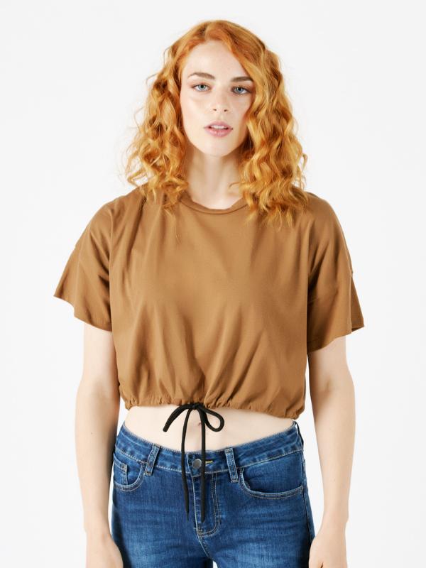 Camisetas <br>y Tops